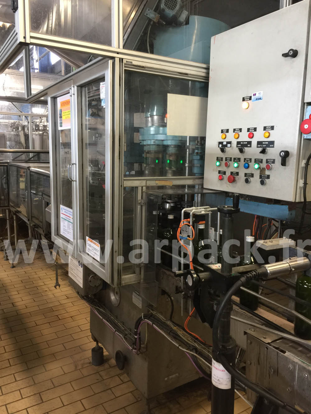 Screw capping machine Zalkin 10 000 bottles/hour