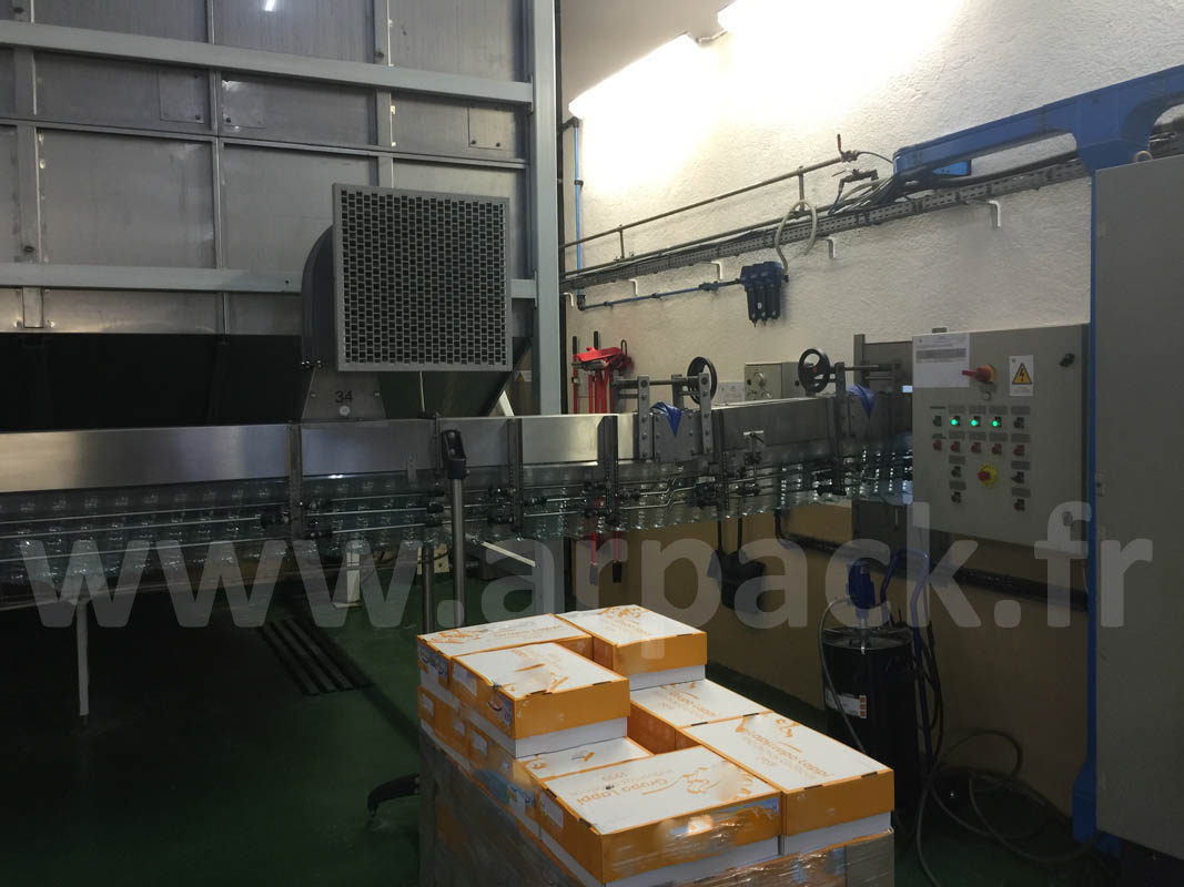 Air conveyors for PET bottles
