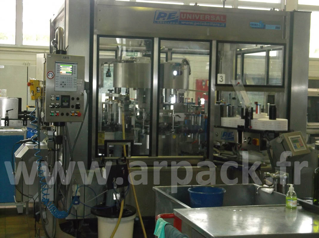 Labelling for wine bottles PE OMME UNIVERSAL